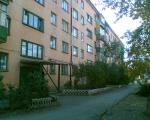 Мемориальная доска на доме где жил Шелухин - г. Орск, ул. Спортивная 1Б