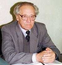 Данилов Виктор Петрович (1925-2004)